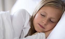 Ronco em crianças exige atenção e pode ser sinal de doenças mais graves
