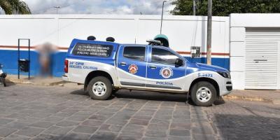 Jovem acusada de anunciar massacre em escola é conduzida para a delegacia de Miguel Calmon
