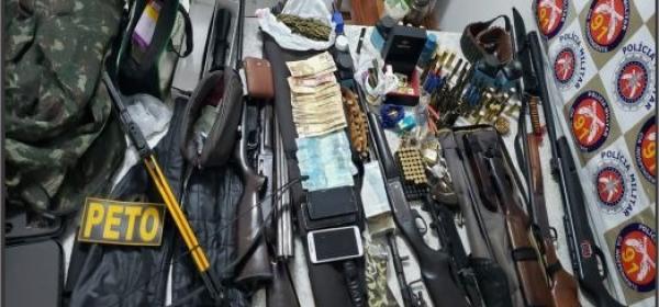 Polícia Militar faz a maior apreensão de armas de fogo da história de Capim Grosso