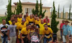 Amigos e familiares dão o ultimo adeus a Paraíba