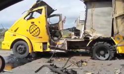 Criminosos explodem carro-forte na BR-235, norte da Bahia