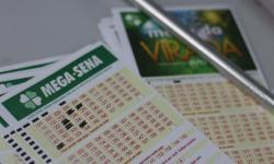 Mega-Sena acumula e prêmio vai a R$ 52 milhões; veja os números sorteados