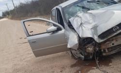 Acidente com carro na região do Clube XV de Novembro em Jacobina