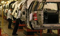 Audiência entre Ford e trabalhadores termina em acordo parcial na Bahia; produção será retomada segunda-feira