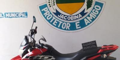 Moto tomada de assalto em Capim Grosso, é recuperada pela Guarda Municipal no Município de Jacobina