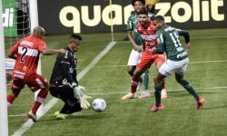 Palmeiras vive pior momento da era Abel e acende sinal de alerta com queda em casa