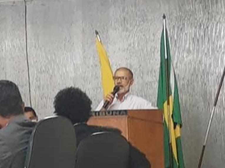 Cabral recebe Título de Cidadão Serrolandense na Câmara de Vereadores