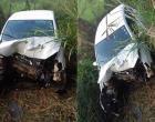 Criança de seis anos e três adultos ficam feridos após carro colidir em árvore na Bahia