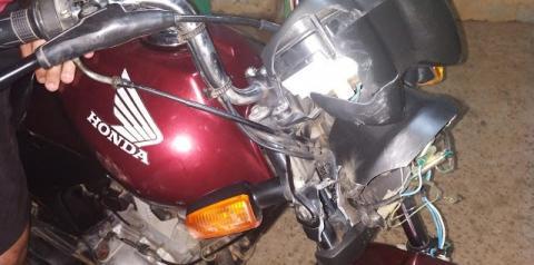 Colisão de motos deixa feridos em Mairi