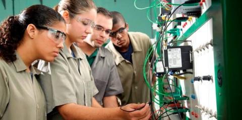 Secretaria da Educação do Estado abre inscrições segunda-feira (6) para mais de 12 mil vagas de cursos técnicos de nível médio