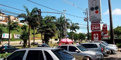 Feirense com coronavírus circulou por 3 dias até ser atendida em hospital de Salvador