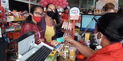 Estudantes de Jacobina, Ourolândia e  Miguel Calmon vão às compras com a terceira parcela do vale-alimentação