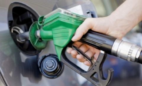 Governo irá recorrer de decisão que suspende aumento da gasolina