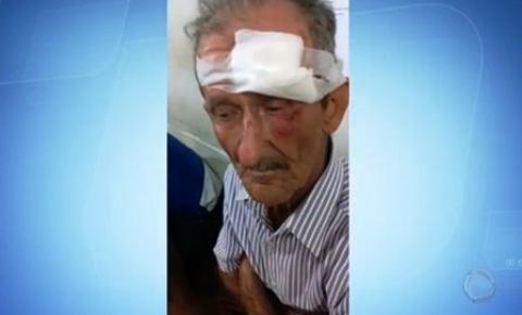 Vídeo: Idoso de 75 anos reage a assalto e mata bandido com golpe de canivete