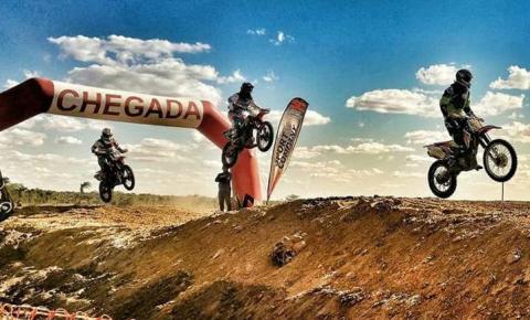 A Prefeitura de Quixabeira realizou o 1° Motocross