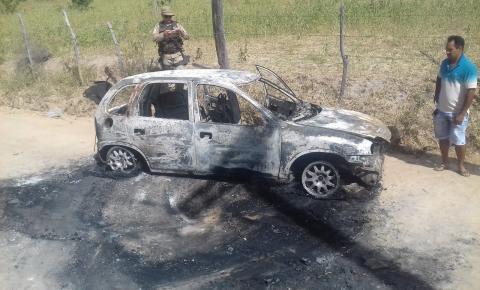 Mais informações do Incêndio que destruiu veículo próximo a Cova do Anjo