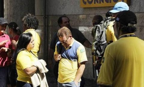 Trabalhadores dos Correios encerram greve