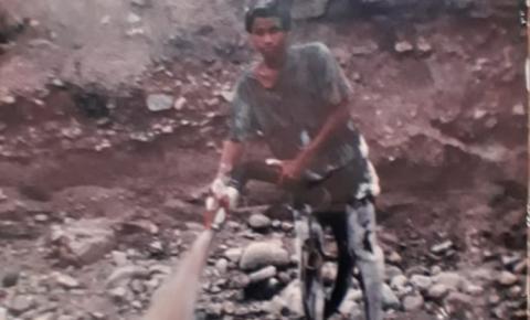 Mulher procura por irmão na região de Barra Nova de Várzea do Poço