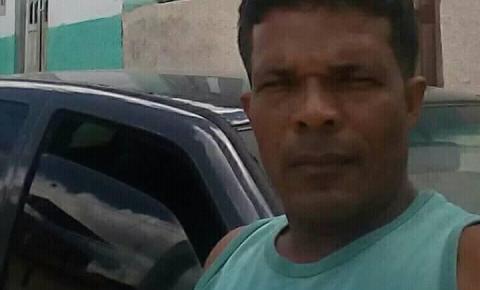 Homem é atingido por golpes de facão e transferido para Salvador