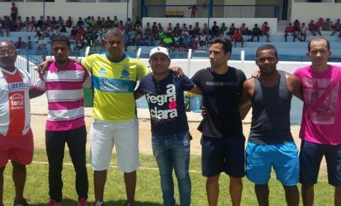 Cerca de 180 jovens participam de avaliação para ingressar no Jacobina Esporte Clube