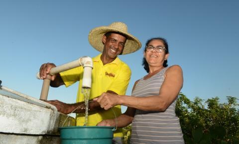 Agricultores familiares baianos comemoram o Dia da Água  com o acesso a água para produção