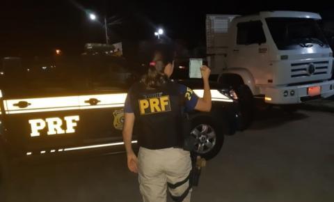 Motorista profissional é flagrado pela PRF com documentação falsa em Capim Grosso (BA)