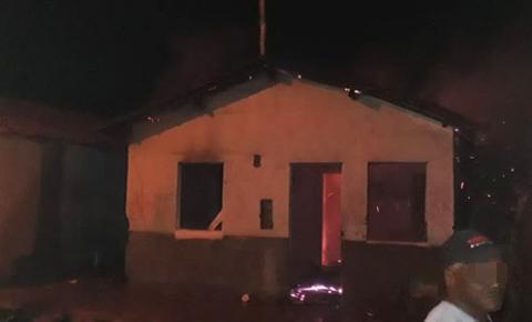 Jovem é raptado em bairro de Jacobina; casa foi incendiada