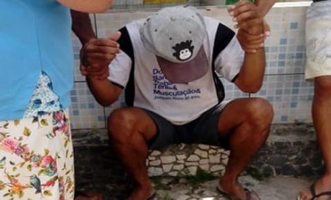 Homem tenta atacar mulheres e é capturado por populares no interior da Bahia