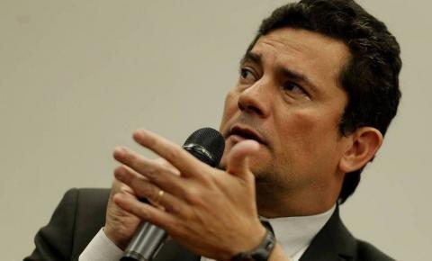 Site diz que Moro e Deltan combinavam atuações no âmbito da Lava-Jato