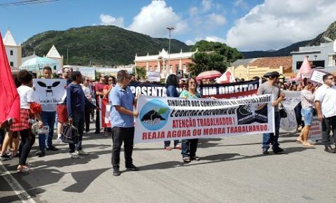 Protesto em dia de greve geral em Jacobina, contra as reformas do governo Bolsonaro