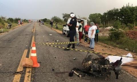 Motociclista morre após acidente, motorista do caminhão é preso após fugir sem prestar socorro à vítima