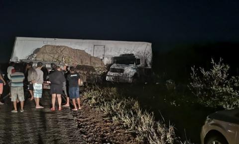 Sobe para 4 o número de mortos em acidente na região de Capim Grosso