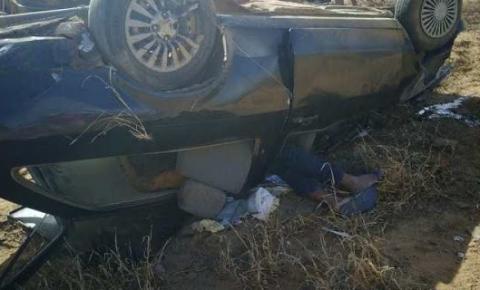 Capotamento deixa motorista ferido na BA-144, em Várzea Nova