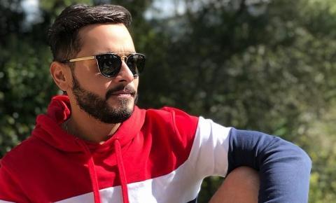 Aos 31 anos, morre publicitário baiano Leo Spinola após sofrer infarto