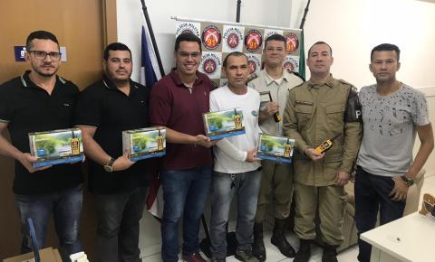 COMERCIANTES DE CAPIM GROSSO DOAM RÁDIOS COMUNICADORES À 91ªCIPM
