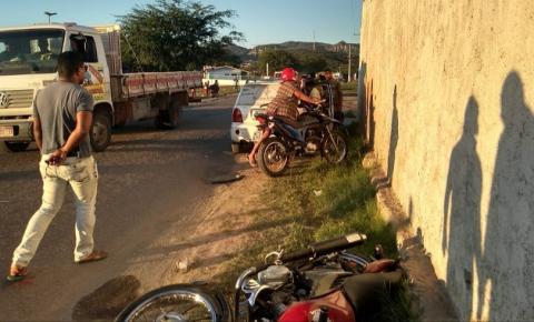 Criança é arremessada de moto em colisão com carro no Bairro Novo Amanhecer em Jacobina