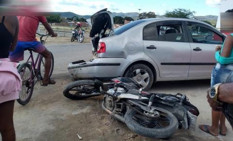 Colisão envolve três veículos na região do bairro Novo Amanhecer, em Jacobina