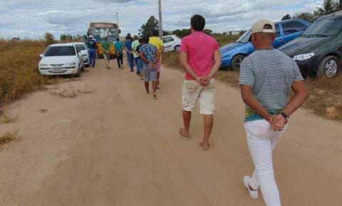 Cerca de 150 pessoas são presas em rinha de galo no interior da Bahia; 200 aves foram apreendidas e serão sacrificadas