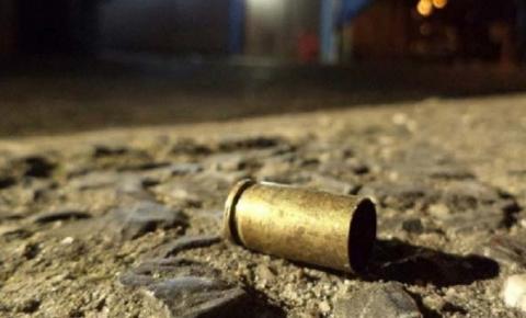 Homem baleado em Miguel Calmon na noite deste domingo é identificado