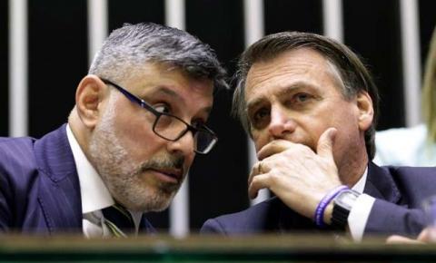 PSL decide por expulsão do deputado Alexandre Frota