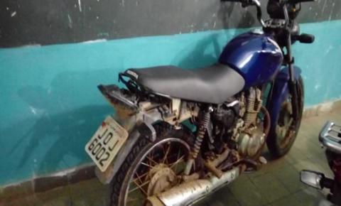 Moto com placa de Capim Grosso é encontrada abandonada na BA-130 em Mairi