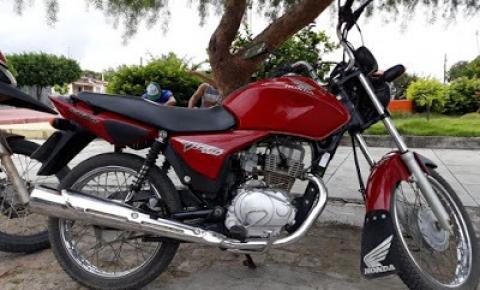 Moto é tomada por assalto próximo a Vaca Brava município de São José do Jacuípe