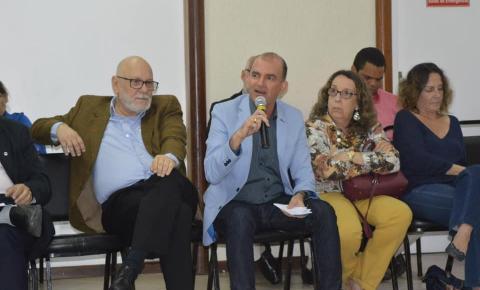 Presidente do Consórcio Jacuípe e da FECBahia, Dr. Nei debate em Colóquio sobre Consórcios Públicos em Salvador