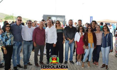 Prefeito de Serrolândia e comitiva participa da inauguração da Policlínica Regional de Saúde