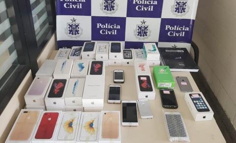Três homens da mesma família são presos por venderem celulares roubados na Bahia.