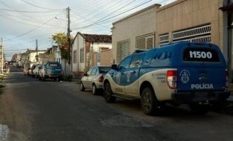 Sede da ASPRA em Serrinha amanhece cercada após determinação da Justiça
