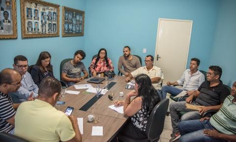 Vereadores se reúnem com Prefeito para apresentar demandas do povo