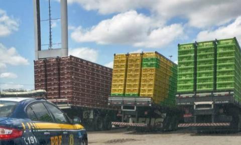 ADAB apreende três caminhões de galinha sem documentação na BR-116