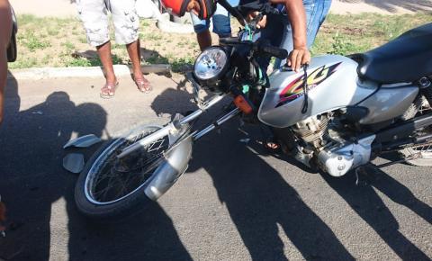 Motociclista colide em fundo de pálio na BA-417 em Serrolândia