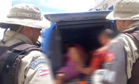 Dupla é presa após praticar furtos em estabelecimentos comerciais de Miguel Calmon